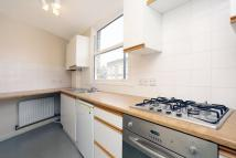 Flat to rent in Rymer Street Herne Hill...