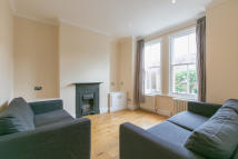 Maisonette to rent in Tennyson Street...