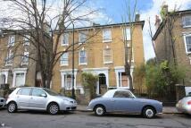 Flat to rent in Tyrwhitt Road, Brockley...