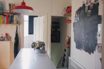 2 bedroom Flat in Radford Road...