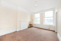 1 bedroom Flat to rent in Catford Broadway...