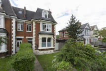 3 bedroom Flat to rent in Micheldever Road, Lee...