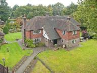 Detached property in Ringles Cross, Uckfield...