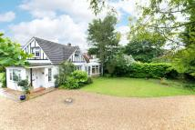 3 bedroom Detached property in Hillway, Woburn Sands...