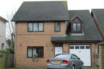 5 bedroom Detached property to rent in Vicarage Road