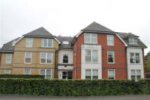2 bed Apartment to rent in Vicarage Road