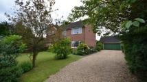 4 bedroom Detached home in Lowfield Road, Caversham...