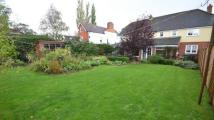 5 bedroom Detached property in Reading Road, Woodcote...