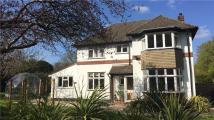 3 bed Detached house for sale in Peppard Road, Caversham...