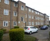 Flat for sale in Mason Court, The Avenue...