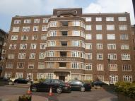 5 bed Maisonette in Regency Lodge...