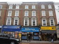 Flat in 196 Kilburn High Road...