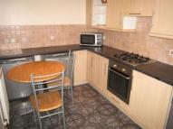 Flat to rent in Chandler Avenue, London...