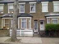 2 bed property in Wellington Road...