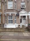 Ground Flat to rent in Johnstone Road, London...
