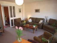 2 bed Flat in Felstead Gardens Canary...