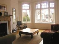 Flat to rent in Castelnau Gardens...