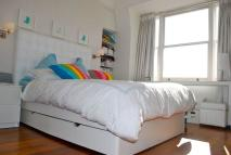 Apartment to rent in Castelnau, Barnes, London