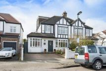4 bedroom semi detached house for sale in Ferry Road, London