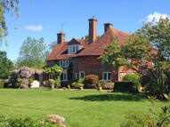 5 bedroom Detached home in Grove Hill, Hellingly...