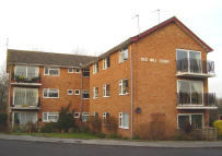 2 bed Flat to rent in Coleshill, Warwickshire