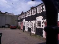Flat to rent in St Johns Mews, Brighton...