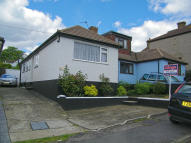 3 bedroom Semi-Detached Bungalow in Plantation Road, Hextable