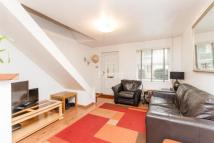 2 bed house in Strathnairn Road, SE1