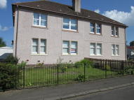 Ground Flat in Whitehill Crescent...