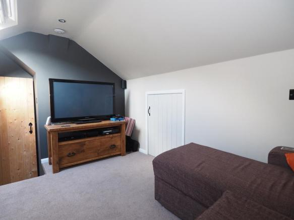 Loft/Bed