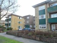 2 bedroom Flat in Kingsnorth Court...
