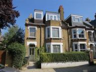 Flat to rent in Romola Road, Herne Hill