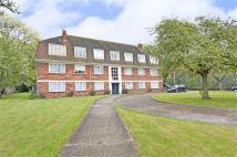 3 bedroom Flat to rent in Burbage Road, Herne Hill