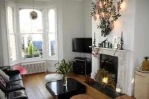 2 bedroom Flat in Mayall Road, Herne Hill