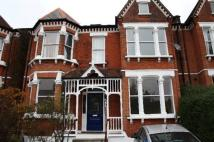 2 bedroom Flat to rent in Gubyon Avenue, Herne Hill