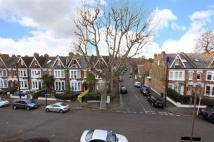 2 bedroom Flat in Elmwood Road, Herne Hill