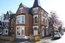 Deronda Road Flat to rent