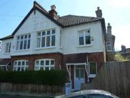 4 bed property to rent in Brockwell Park Gardens...