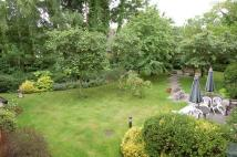 1 bedroom Retirement Property for sale in Hart Dene Court, Bagshot