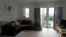 Flat in Meadow Way, Caversham...