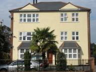 Apartment to rent in Widmore Road,  Bromley...