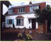 Cottage to rent in Little Manor House...
