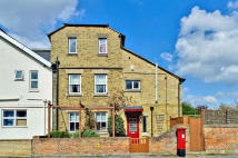 5 bed semi detached home to rent in Marston Street, Oxford...