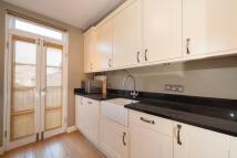 Apartment to rent in Elliott Road, Chiswick...
