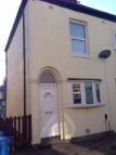 John Street Terraced house to rent