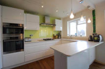 2 bedroom Apartment in Wandle Road, SM4