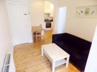 1 bedroom Apartment to rent in Robinson Road, London...