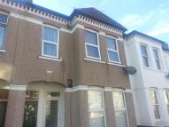 2 bed Apartment in Leverson Street,