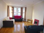 Flat to rent in Harborough Road