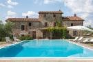 6 bed Farm House for sale in Reggello, Tuscany, Italy
